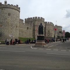 Photo taken at Windsor Castle by Glaucia M. on 4/28/2013