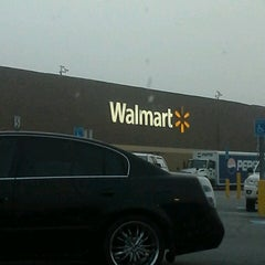 Photo taken at Walmart Supercenter by Richard E. on 4/17/2013