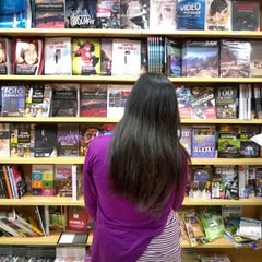 Photo taken at Gramedia by Yusuf P. on 8/4/2014
