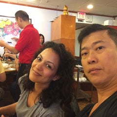 Photo taken at Winsor Dim Sum Cafe by Fred K. on 9/28/2014
