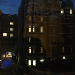 Photo taken at Crowne Plaza London - St James by Fabio F. on 7/26/2013