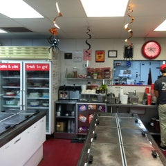 Photo taken at Bruster's Real Ice Cream by Lance &. on 10/24/2012