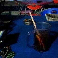Photo taken at Restoran D'warna warni by Syahiran R. on 4/21/2013