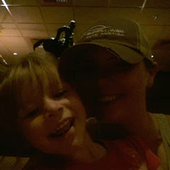 Photo taken at LongHorn Steakhouse by Bre on 8/30/2014