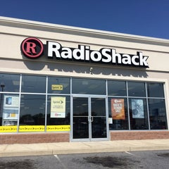 Photo taken at RadioShack by Will G. on 8/26/2015