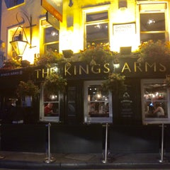 Photo taken at King's Arms by Parm P. on 9/13/2015