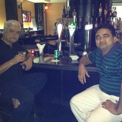 Photo taken at The Q Sports Bar by Arun I. on 7/7/2013