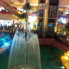 Photo taken at Al-Rashid Mega Mall | الراشد ميجا مول by W44 8. on 7/20/2013