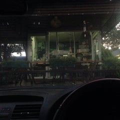 Photo taken at Café Amazon (คาเฟ่ อเมซอน) by May L. on 11/8/2014