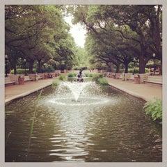 Photo taken at Houston Zoo by Tom R. on 5/25/2013