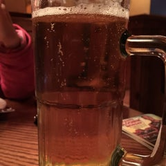 Photo taken at Outback Steakhouse by Alan M. on 12/27/2014