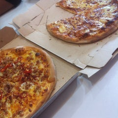Photo taken at Domino's Pizza by mizaaaa on 12/4/2014
