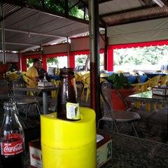 Photo taken at Só Peixe Lanchonete e Restaurante by Roberto O. on 12/8/2012