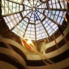 Photo taken at Solomon R. Guggenheim Museum by Lucas T. on 4/20/2013