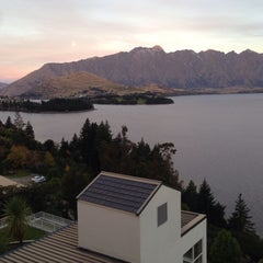 Photo taken at Mercure Resort Queenstown by Eric K H L. on 5/2/2015