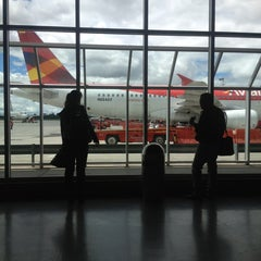 Photo taken at Terminal Puente Aéreo by Will R. on 6/2/2013