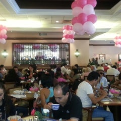 Photo taken at Sanborns by Jimmy C A. on 5/10/2013