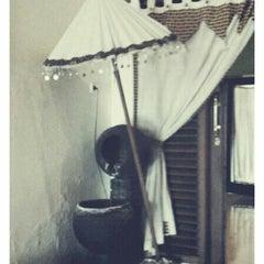 Photo taken at Aluna Home Spa (ex. Bala Bale Spa) by kismartani a. on 4/21/2013