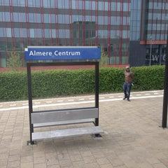Photo taken at Station Almere Centrum by Ikkepikkepum E. on 5/30/2013