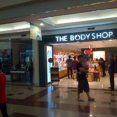 Photo taken at The Body Shop Mal Ciputra by Hendric Chia K. on 8/9/2013