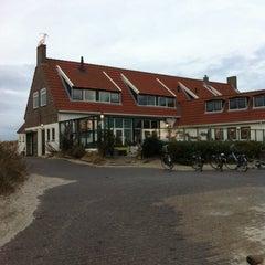 Photo taken at Strandhotel Terschelling by Mark H. on 12/31/2013