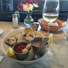 Photo taken at Santa Monica Seafood by Kim S. on 8/12/2014