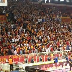 Photo taken at Abdi İpekçi Arena by Ysn u. on 4/29/2013