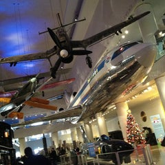 Photo taken at Museum of Science and Industry by Jen M. on 1/6/2013