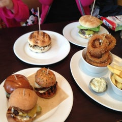 Photo taken at Gourmet Burger Kitchen by Kenneth L. on 10/5/2012