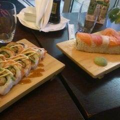 Photo taken at Geisha Sushi Bar by Tonoslav N. on 5/14/2013