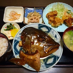 Photo taken at 和食料理 花邨 by Matio M. on 11/25/2014
