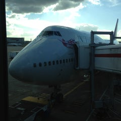 Photo taken at Virgin Atlantic Flight VS45 by Michael H. on 11/5/2012