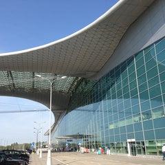 Photo taken at Терминал D / Terminal D by Dan U. on 7/13/2013