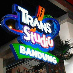 Photo taken at Trans Studio Bandung by Rahmat on 6/29/2013