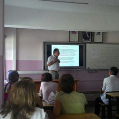 Photo taken at Kurtuluş Anadolu Lisesi by Ayşegül M. on 9/8/2015