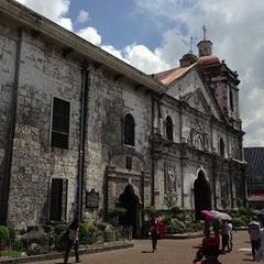 Photo taken at Basilica Minore del Santo Niño by JR Viernes C. on 6/3/2013
