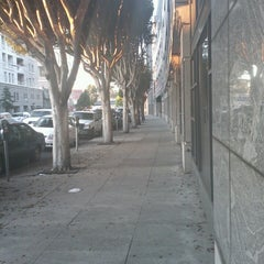 Photo taken at San Francisco Human Services Agency by I C. on 10/17/2013