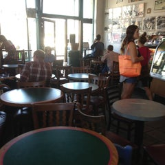 Photo taken at Tanner's Coffee Co by Kevin A. on 5/20/2013