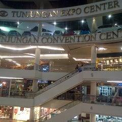 Photo taken at Tunjungan Plaza by Valencia N. on 9/13/2013