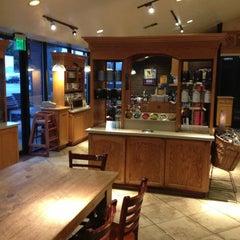 Photo taken at The Coffee Bean & Tea Leaf® by Jon S. on 7/29/2013