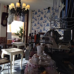 Photo taken at Caffe' Dei Pazzi by ⚓️ Carlo F. on 11/14/2013