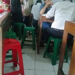 Photo taken at Warung Sate Tegal H. Casmadi by Beedoank B. on 12/24/2013