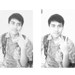 Photo taken at SMA Negeri 8 Malang by Sandi H. on 2/7/2014