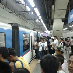 Photo taken at Yellow Line - Buendia Station by Lester A. on 5/29/2013