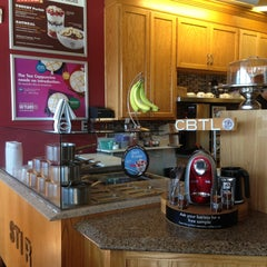 Photo taken at The Coffee Bean & Tea Leaf® by Sherra Victoria B. on 5/3/2013