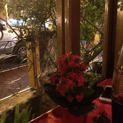 Photo taken at Restaurante Pucci by Ana B. on 10/17/2014