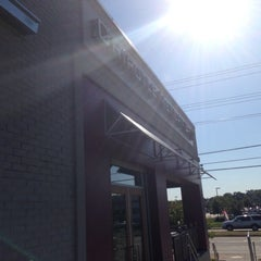 Photo taken at Chipotle Mexican Grill by Terrance G. on 10/12/2012