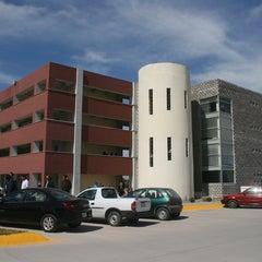 Photo taken at Universidad autonoma de durango (UAD) Lobos by El Siglo de Torreón on 12/16/2014