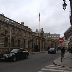 Photo taken at Palais de l'Élysée by samira k. on 4/13/2013