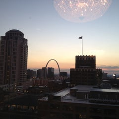 Photo taken at Sheraton St. Louis City Center Hotel & Suites by Dave on 10/25/2012
